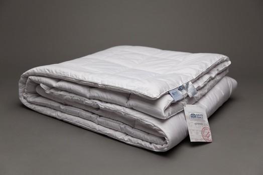 Шерстяное одеяло CAMEL FAMILIE WOOL